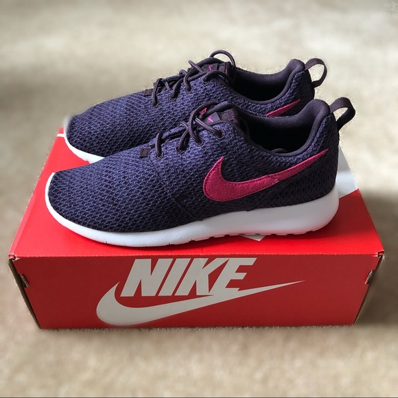 detailed look 8c218 58e87 NEW Women's Nike Roshe One Purple Sneakers NWT
